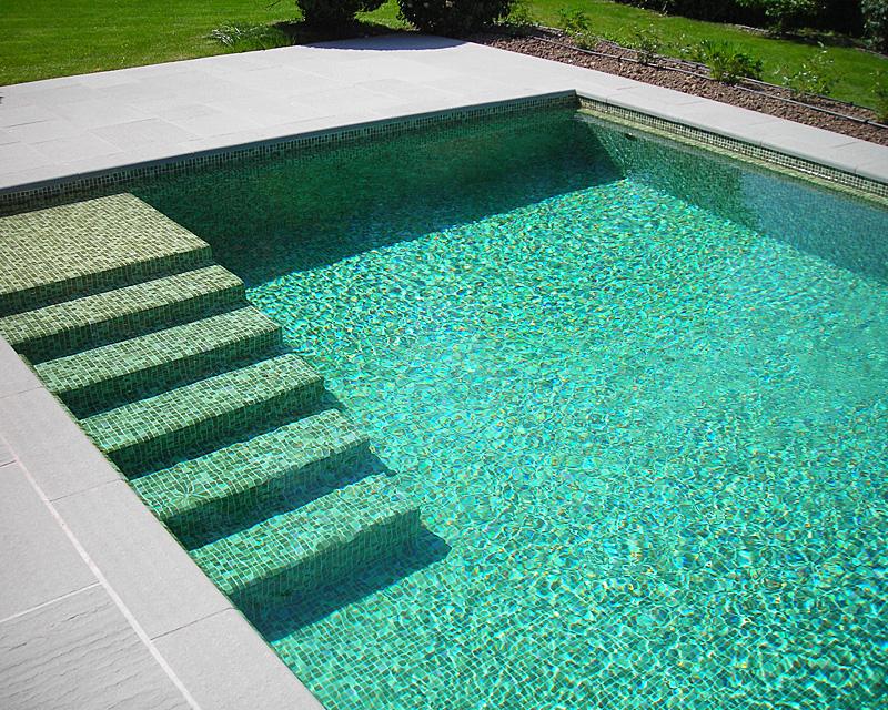 Piscine priv e 74 int rieure et ext rieure jbs piscines for Piscine privee