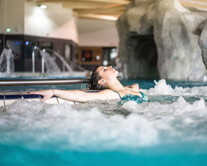 piscine balneoth rapie 74 quipements ludiques toboggans