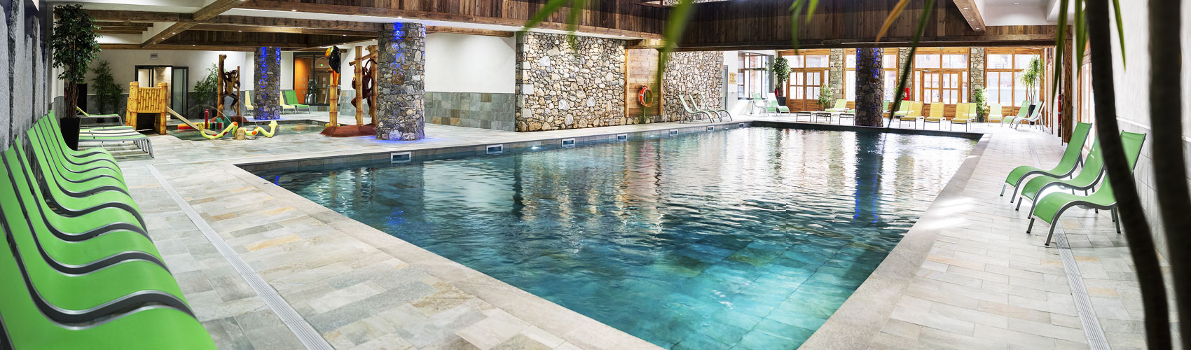 Construction piscines 74 spas jacuzzis hammams saunas jbs for Construction piscine haute savoie